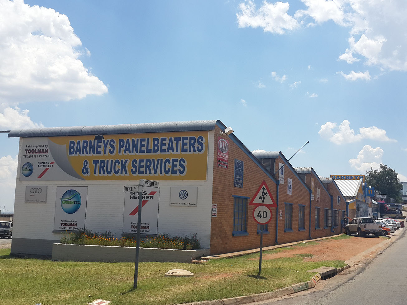 Barney's Panelbeaters and Truck Services