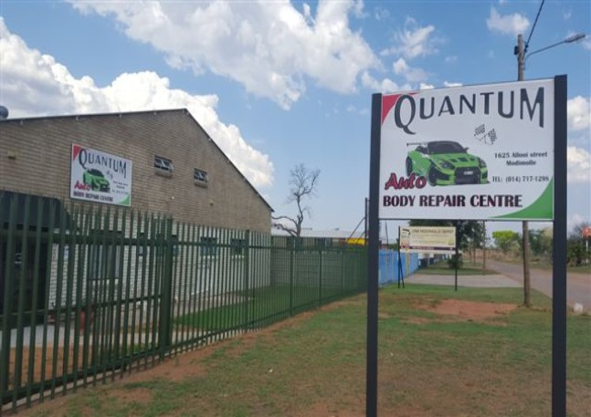 Quantum Auto Body Repair Centre